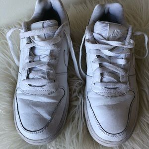 EUC Nike White Sneakers